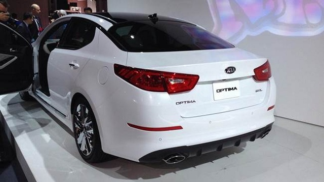 Kia-Optima-Hybrid-rear-view-picture
