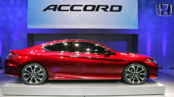 Honda Accord Pictures and Reviews: Photos of The Darling Luxury Car New Accord