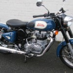 Royal Enfield Classic 500 Available Colours and Price: Showroom Address