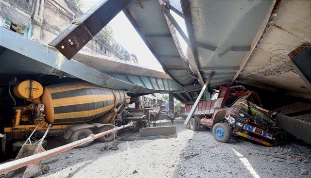 under construction Vivekananda bridge