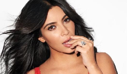 Real Life Outfits and Photos of Kim Kardashian