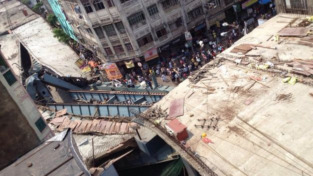 kolkata flyover collapse photo