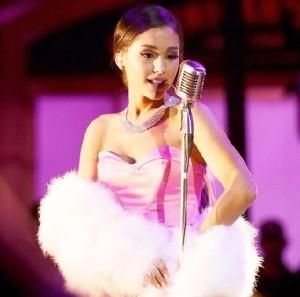 MTV Awards 2016 Ariana Grande Performance