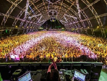 Coachella 2016 Festival Performances Video