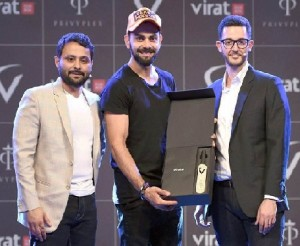 Virat Kohli Launches FanBox with Moto G Turbo