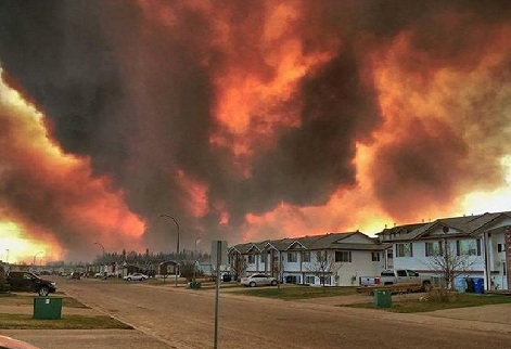 Fort McMurray Wildfire Satellite Video
