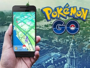 Play Pokémon GO Game