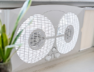 Nature's Cooling Solutions Eco Breeze Smart Window Fan